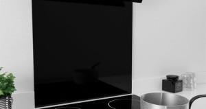 app-black-glass-splashback-ART29701
